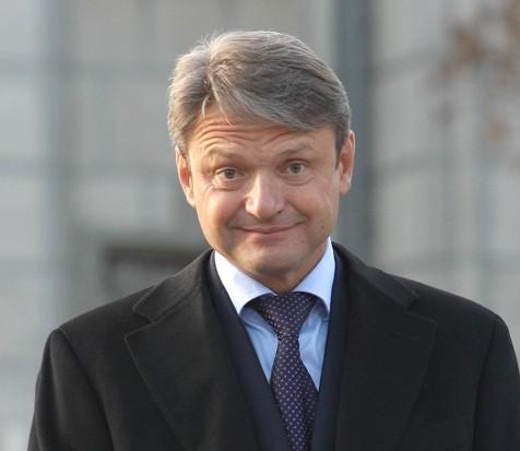 Глава Минсельхоза Ткачев не видит конфликта интересов в том, что его родня владеет крупным агробизнесом. http://netbespredelu.ru/?p=15164